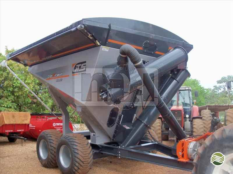 CARRETA AGRÍCOLA CARRETA GRANELEIRA 24000 BAZUKA  20 Moi Maquinas e Implementos Agricolas