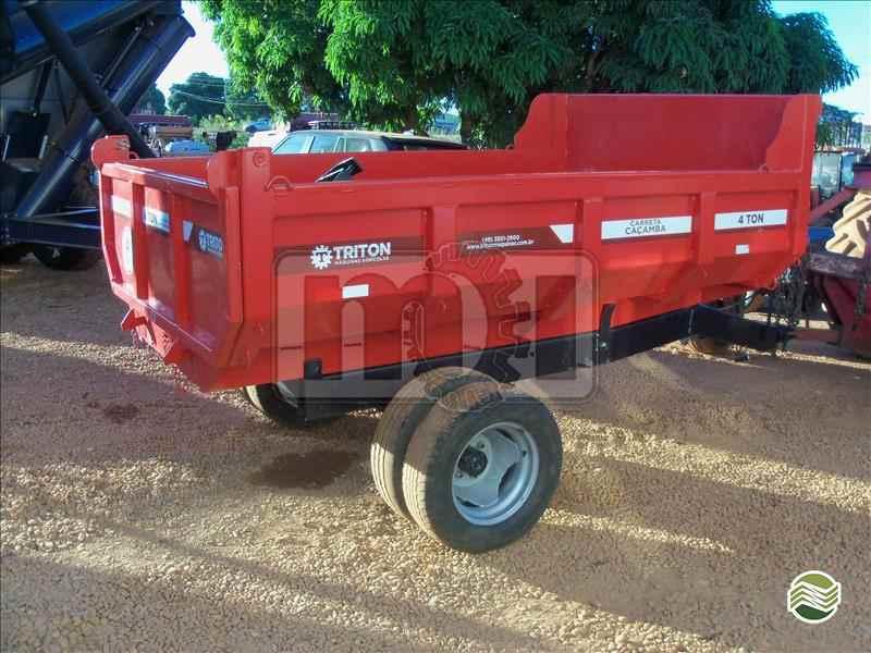 CARRETA AGRÍCOLA CARRETA AGRÍCOLA BASCULANTE  20 Moi Maquinas e Implementos Agricolas