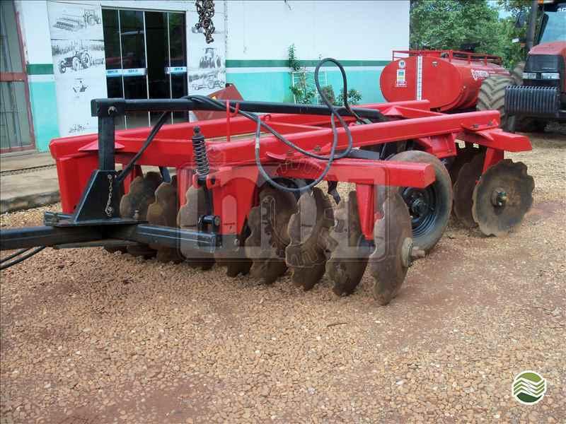GRADE INTERMEDIÁRIA INTERMEDIÁRIA 18 DISCOS  2007 Moi Maquinas e Implementos Agricolas