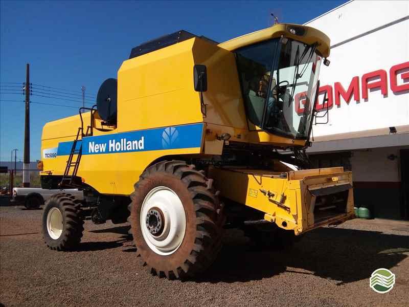 NEW HOLLAND TC 5090  2011/2011 Gomagril Máquinas Agrícolas