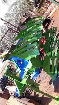 ARADO DE DISCO 3 DISCOS REVERSÍVEL  2008 Gomes e Gouveia Máquinas