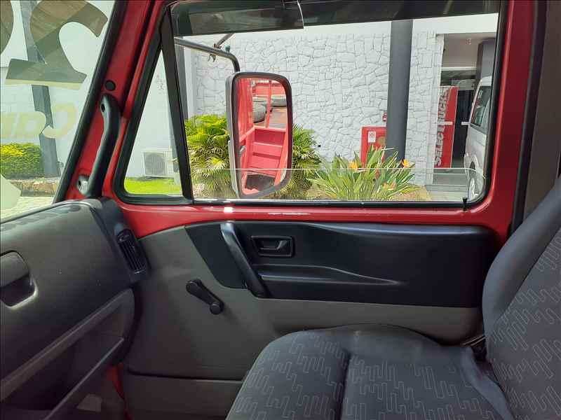 VOLKSWAGEN VW 13190 269402km 2013/2014 Selectrucks - Santos