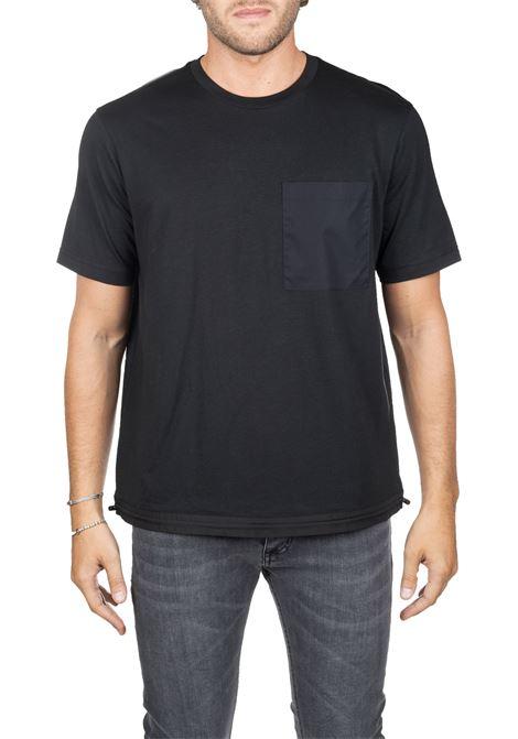 BLACK COTTON T-SHIRT WITH FRONT POCKET BLACKBARRETT | T-shirt | PXJT38601