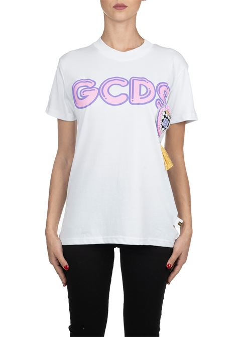 T-SHIRT BIANCA IN COTONE CON APPLICAZIONE LOGO FRONTALE GCDS | T-shirt | PP20W02003101