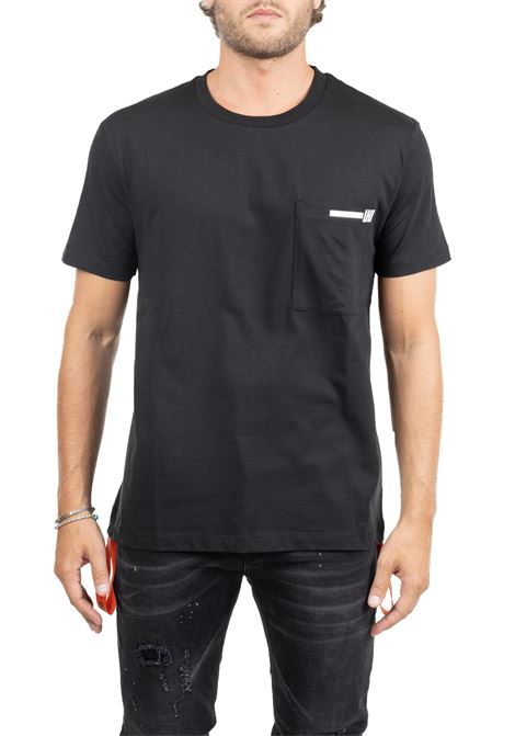 BLACK COTTON T-SHIRT WITH FRONT LOGO APPLICATION LES HOMMES | T-shirt | UH102700U9000