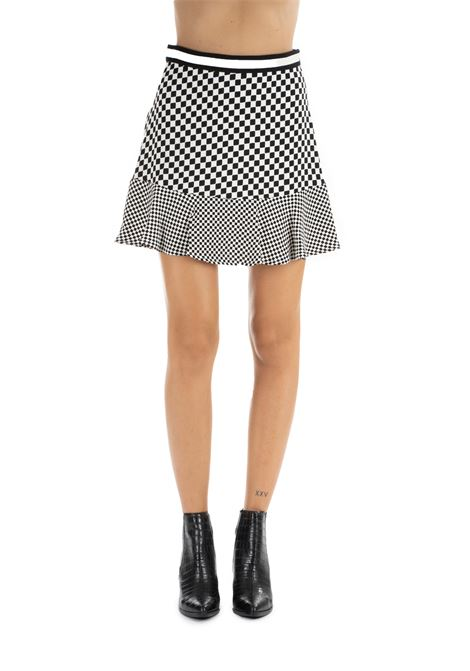 WHITE AND BLACK GEOMETRIC SKIRT MICHAEL DI MICHAEL KORS | Skirts | MU97ERJBRT115