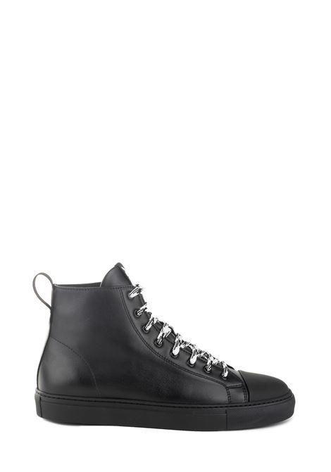 SNEAKER NERA IN PELLE CON STAMPA LOGO RETRO NATIONALSTANDARD | Sneakers | M0219F095