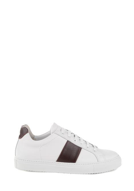 SNEAKER BIANCA IN PELLE WINE BAND NATIONALSTANDARD | Sneakers | M0419F04
