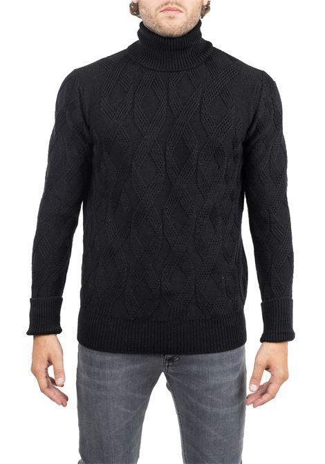 BLACK GEOMETRIC PATTERN JERSEY PAOLO PECORA | Sweaters | A06470129000
