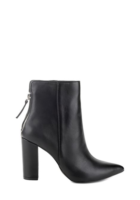 BLACK RENN LEATHER ANKLE BOOT STEVE MADDEN |  | SMSRENNNERO