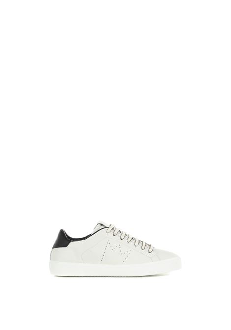 WHITE LOW SNEAKERS IN HAMMERED LEATHER LEATHER CROWN | Sneakers | WLC0620101BIANCO
