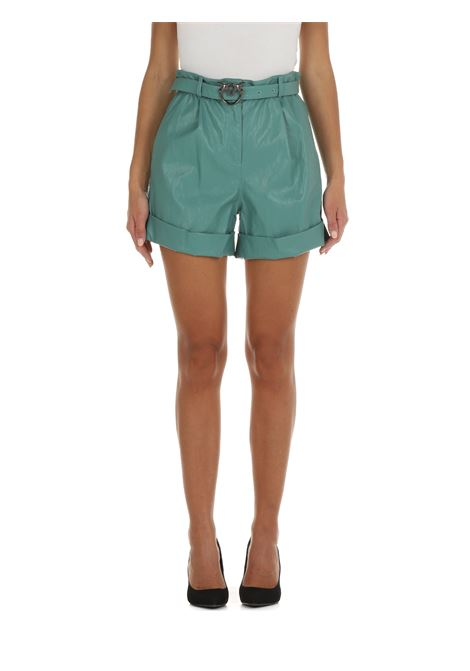 SHORTS IN SIMIL PELLE VERDE PINKO | Shorts | LICABETTO 1G16FLY6W7V15