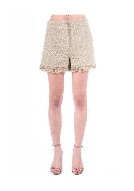 SHORT BEIGE RICAMATO IN MISTO COTONE BOUTIQUE MOSCHINO | Shorts | 030208160465