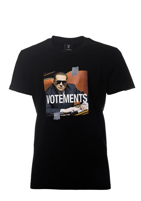 BLACK COTTON T-SHIRT WITH FRONT VOTEMENTS PRINT DIEGO VENTURINO |  | TSVACD3S0MATNERO