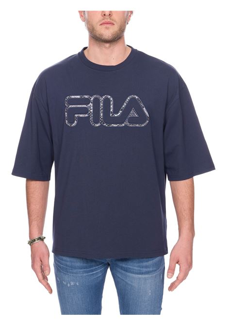 T-SHIRT BLU CON APPLICAZIONE LOGO FRONTALE FILA | T-shirt | 684638012