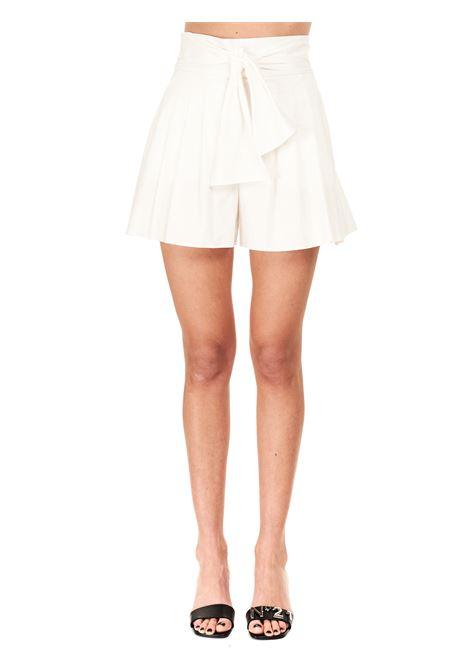 HIGH WAIST WHITE COTTON BLEND BERMUDA BOUTIQUE MOSCHINO | Shorts | 030908220002