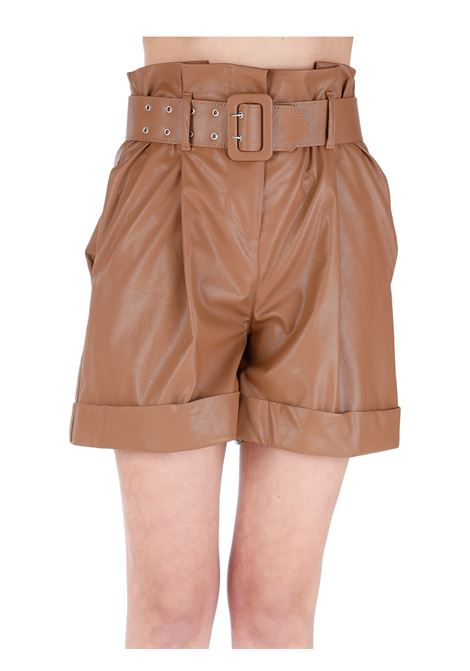SHORTS IN FAUX LEATHER WITH BELT KAOS | Shorts | NP1TZ0076001