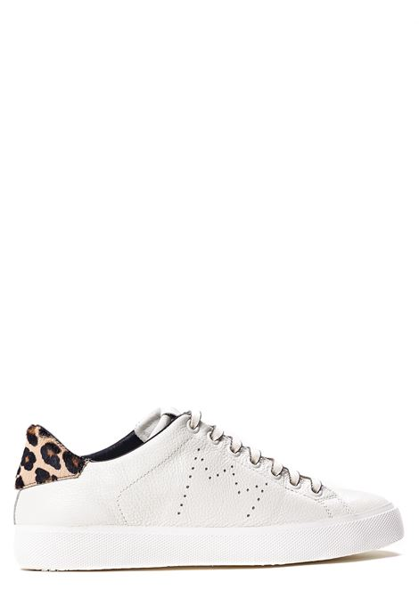 SNEAKERS BIANCA IN PELLE CON CORONA PERFORATA LEATHER CROWN | Sneakers | WLC0620113BIANCO