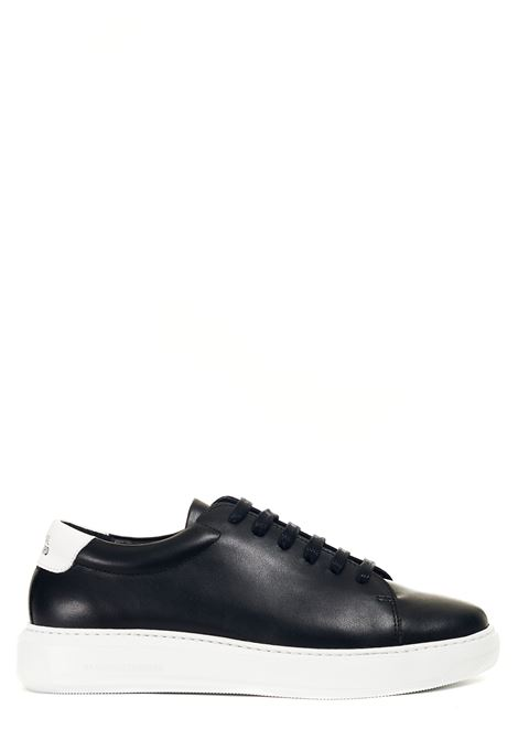BLACK LEATHER SNEAKERS NATIONALSTANDARD | Sneakers | M0321SL90