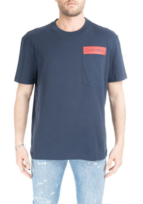 BLUE COTTON T-SHIRT WITH LOGO AND POCKET CALVIN KLEIN | T-shirt | K10K103015484BLU