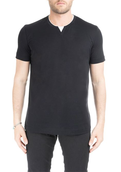 BLACK T-SHIRT WITH CONTRAST COLLAR DELLA CIANA | T-shirt | 0054/542999
