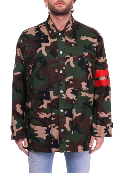 CAMOUFLAGE PRINT JACKET AND RED LINES GCDS | Jacket | CC94M04018600