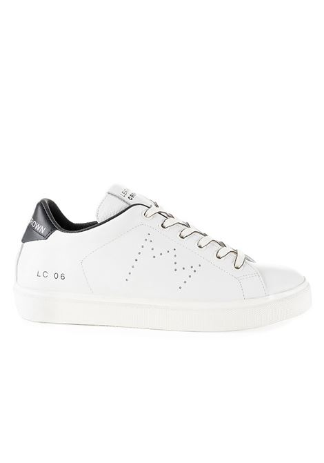 SNEAKERS LC06 WHITE AND BLACK IN HAMMERED LEATHER LEATHER CROWN |  | WICONIC3