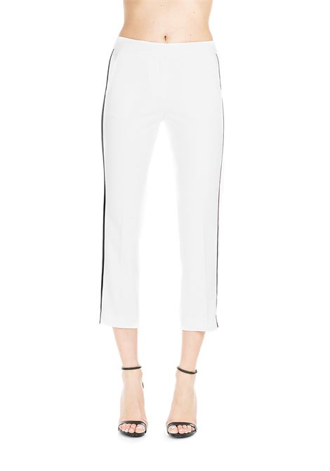 WHITE PANTS WITH BLACK CONTRAST SIDE BAND MICHAEL DI MICHAEL KORS | Pants | MS93H42C64100