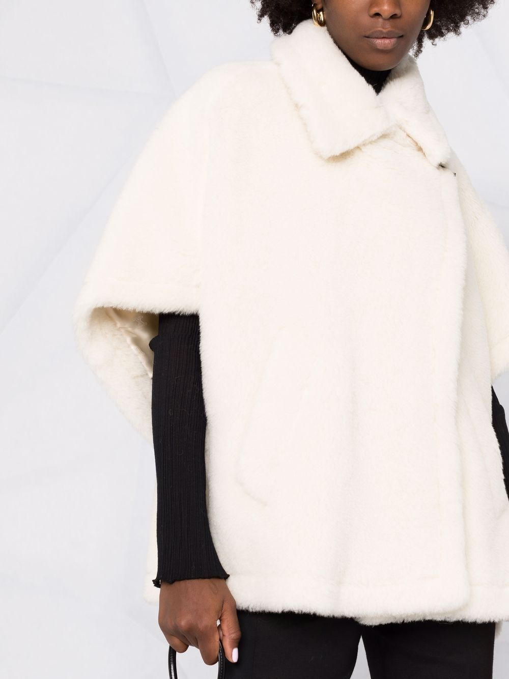 Mantella bianca MAX MARA   47361013600501001