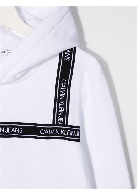 Felpa bianca CALVIN KLEIN | FELPE | IB0IB00637TYAF