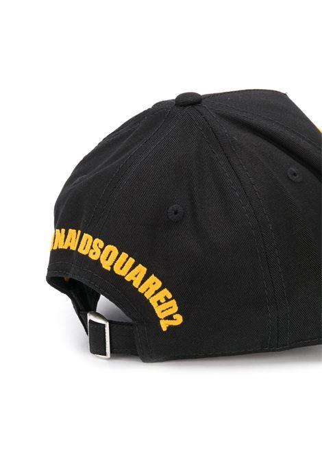 Cappello nero DSQUARED | CAPPELLI | BCM008105C000012124