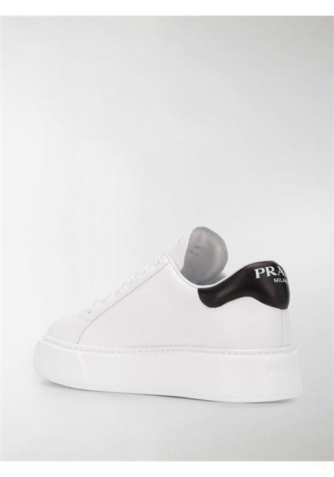 Sneakers bianche PRADA   SNEAKERS   1E259MF0503I52F0964