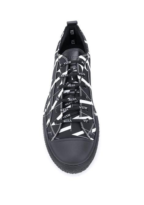 Black sneakers VALENTINO GARAVANI |  | UY2S0D57JKY0NI