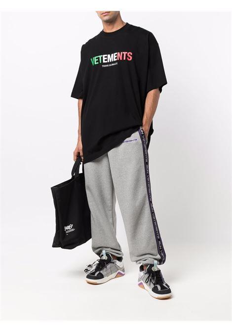 T-shirt VETEMENTS | UA52TR280I1611BLACK
