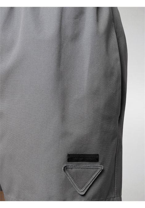 shorts grigio PRADA | SHORTS | P202ES2021BMSF063H