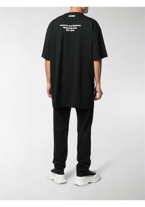 T-shirt nera VETEMENTS | T-SHIRT | UE51TR390B1600BLACK