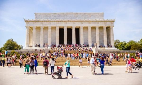 Families exploring Washington D.C. attractions