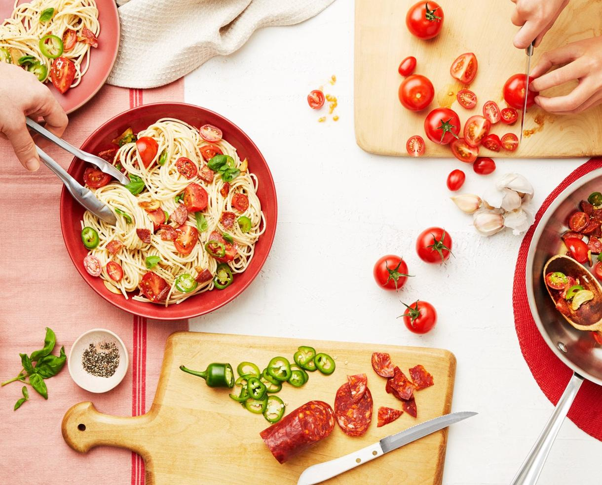Goodbye Dinnertime Hassle, HelloFresh! Get $35 Off Your First Delivery of HelloFresh!