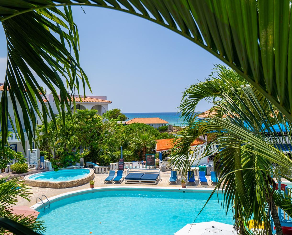 Deal FDR Resort AllInclusive Stay  YOUR OWN PERSONAL