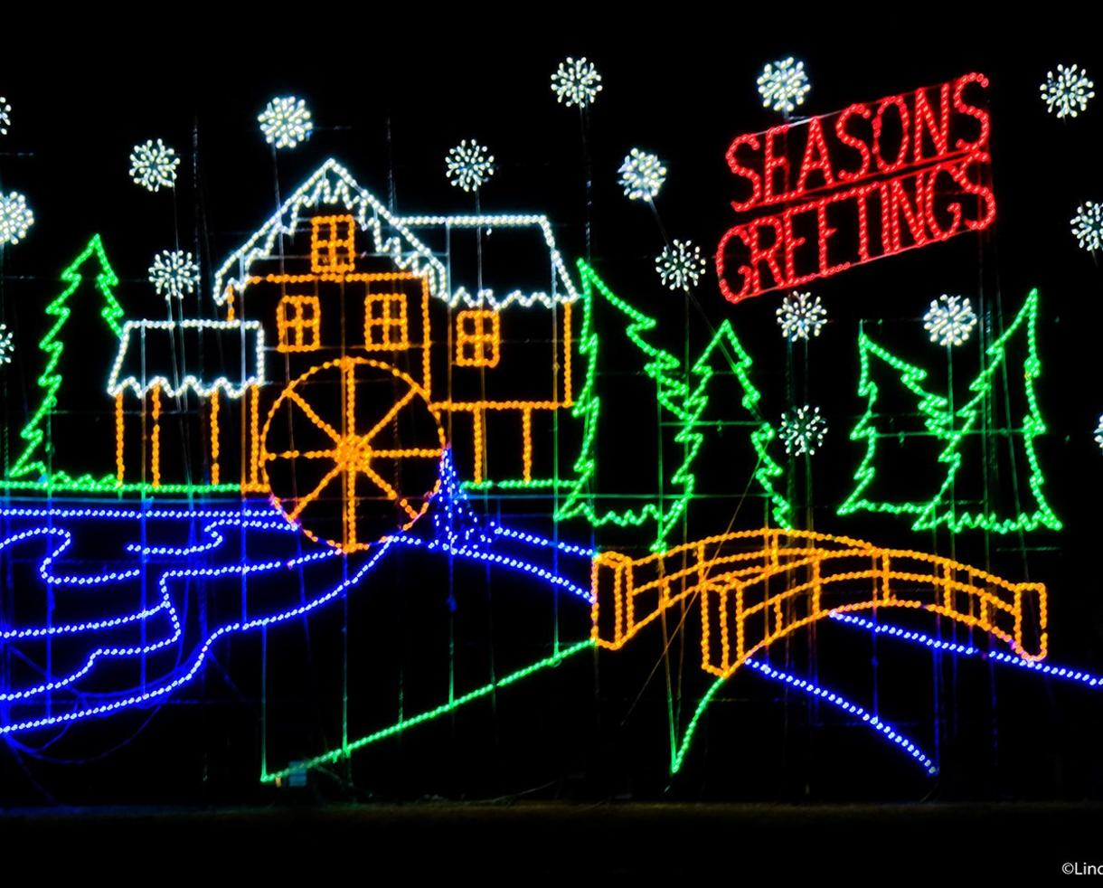 $14 for Bull Run Festival of Lights Weekday Admission for One Car - Centreville ($20 Value - 31% Off)