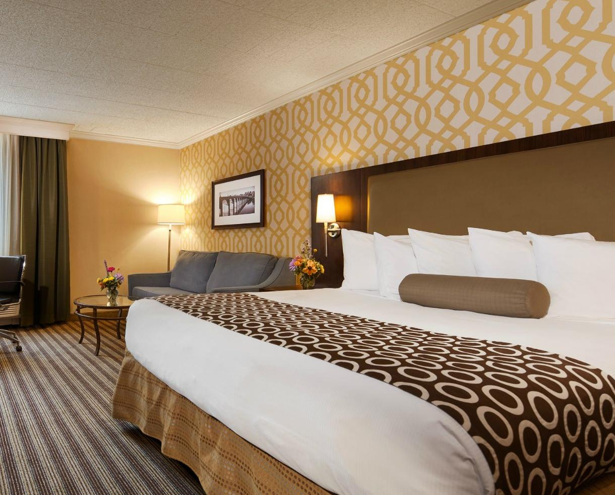 One Night in a Deluxe King or Deluxe Double Queen Room at The Central Hotel Harrisburg - Valid August 7th, 9th, 12th, 13th, 14th & 26th-30th Only