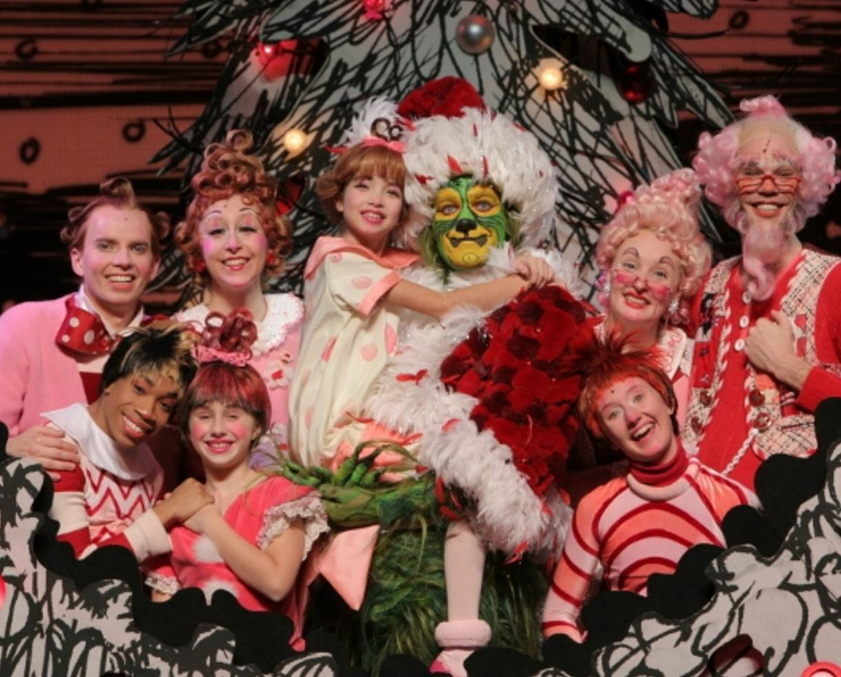 25 for dr seuss how the grinch stole christmas the musical at the chicago theatre from nov 20 29 up to 31 off - Christmas Shows In Chicago