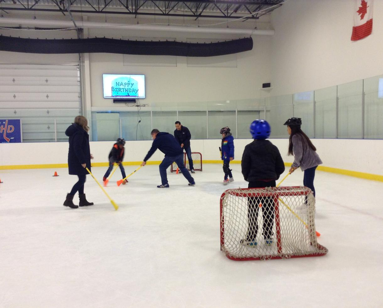 $275 for Ice Skating Birthday Party for up to 16 kids at Loudoun Ice Centre ($80 Off!)