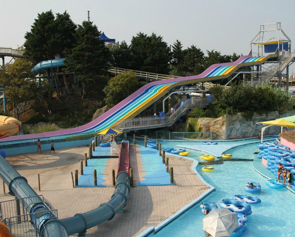 Jolly Roger Waterpark Admission & Unlimited Miniature Golf