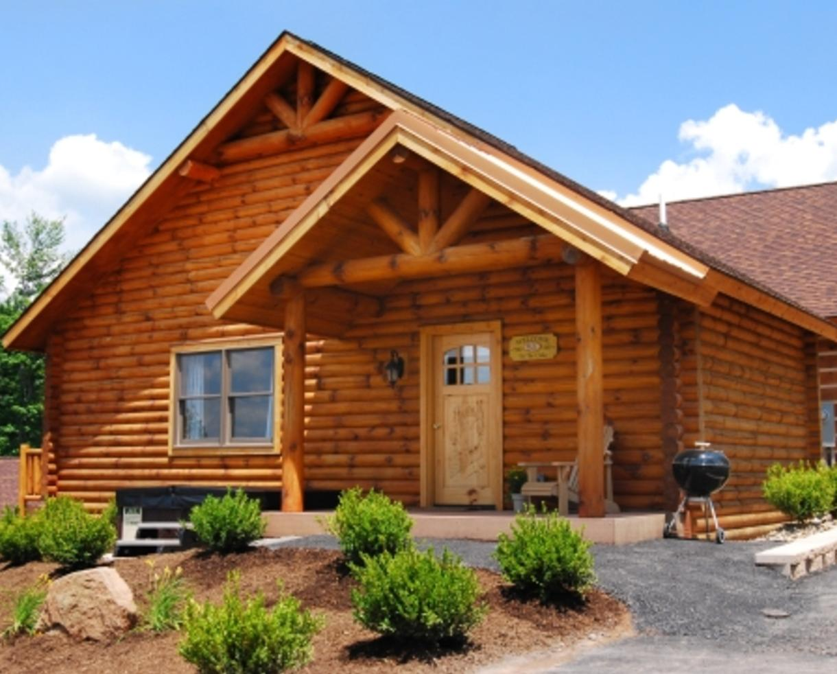 $199+ For 2 3 Night Luxury Cabin Stay, $25 Fun Card U0026 Pizza Dinner At The  Lodges At Sunset Village   Deep Creek Lake (Up To 62% Off)