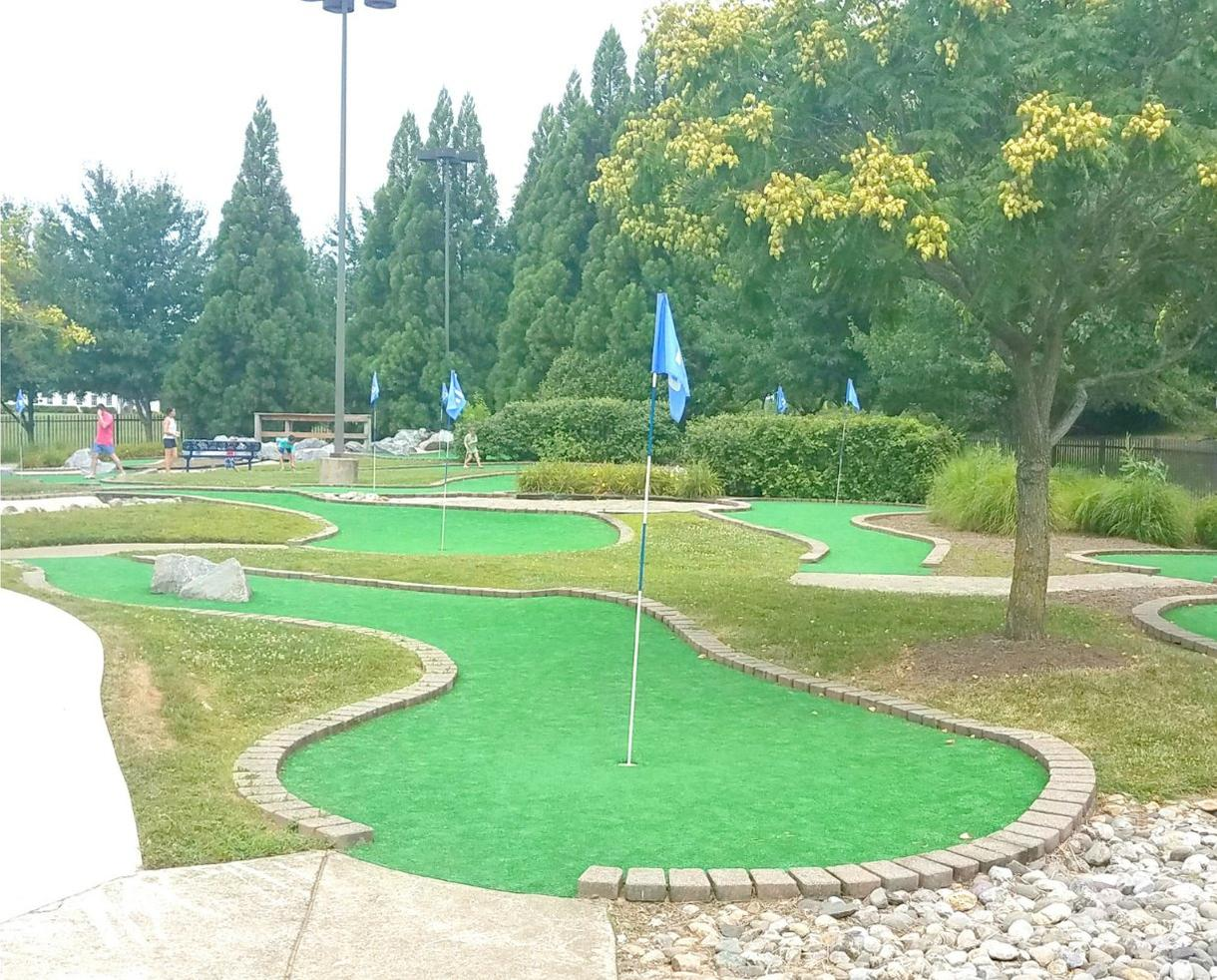 South Germantown SplashPark and Mini-Golf