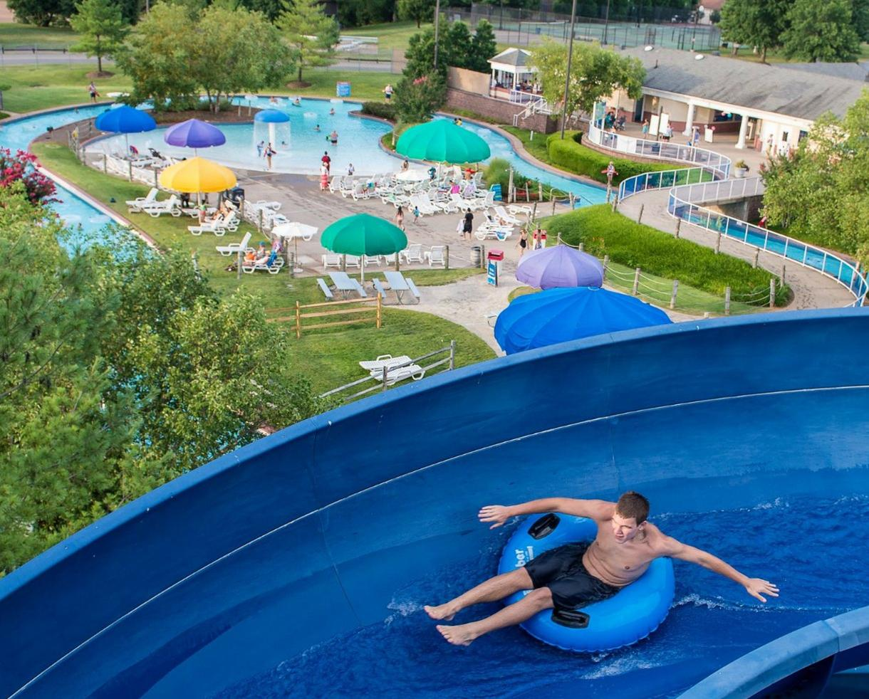 SPECIAL FLASH SALE! SplashDown Waterpark Any-Age Weekday Admission