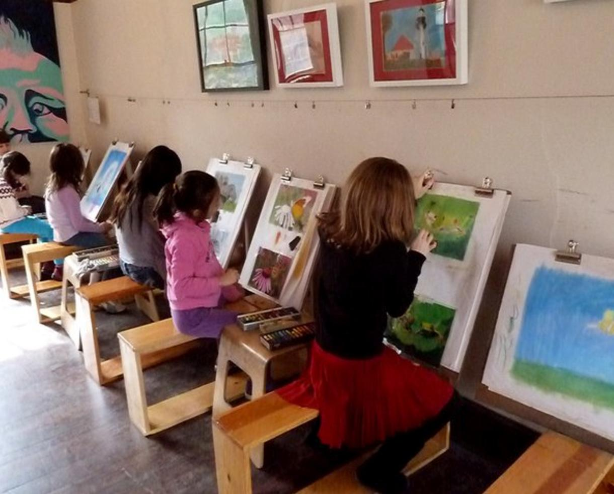 kids art class at artworks fine art studio in mclean