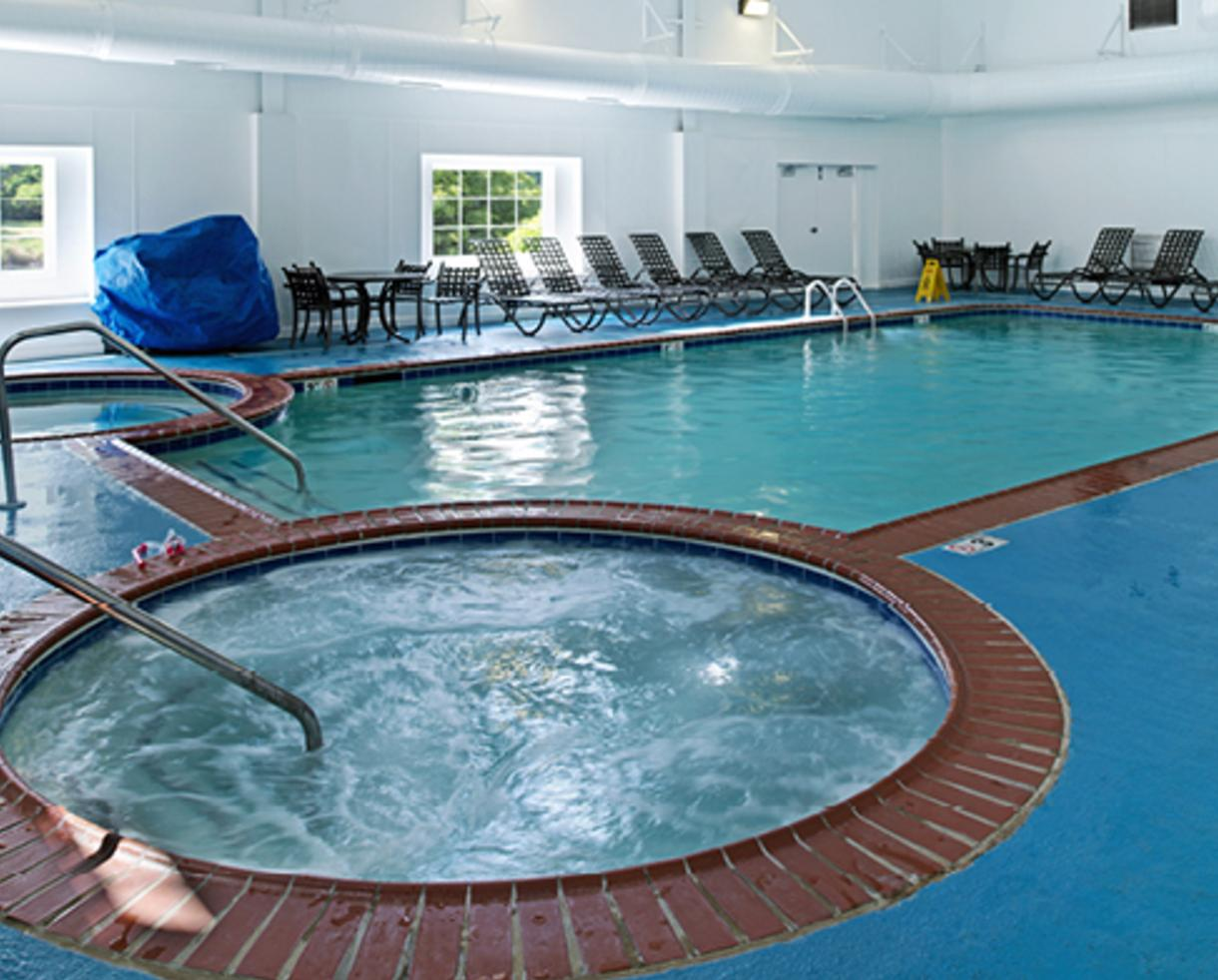 $189+ for 3-Night Getaway in a 1 or 2 Bedroom Condo + Daily $25 Restaurant Vouchers at The Historic Powhatan Resort in Williamsburg, VA - Valid Through March! (Up to 55% Off)