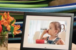 $25 Off Skylight Digital Frame - Email Photos to Your Frame From Anywhere!